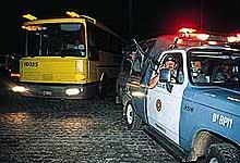 Ônibus escoltado